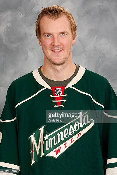 Devan Dubnyk of the Minnesota Wild poses for his official headshot for the 20162017 season on September 22 2016 at the Xcel Energy Center in St Paul...