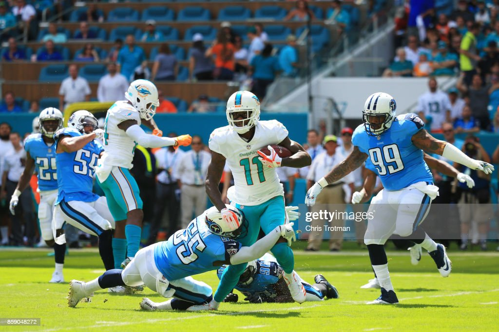Tennessee Titans v Miami Dolphins