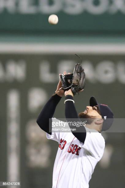 Deven Marrero of the Boston Red Sox makes a catch in the sixth inning of a game against the Toronto Blue Jays at Fenway Park on September 25 2017 in...