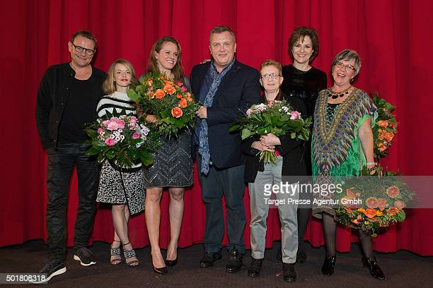 Devid Striesow Hape Kerkeling Martina Gedeck Karoline Schuch Julia von Heinz Anne Butterfield and Shelag Noble attend the 'Ich bin dann mal weg'...
