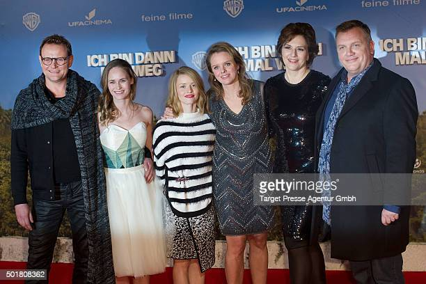 Devid Striesow Hape Kerkeling Martina Gedeck Karoline Schuch Julia von Heinz and Inez Bjoerk David attend the 'Ich bin dann mal weg' premiere at...