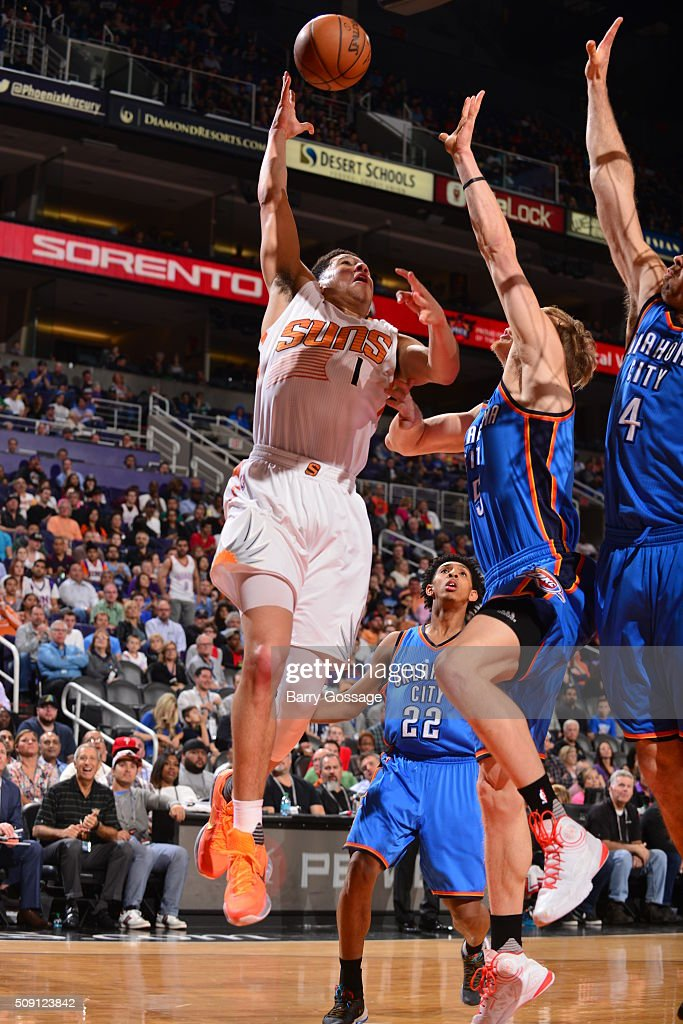 <a gi-track='captionPersonalityLinkClicked' href=/galleries/search?phrase=Devin+Booker+-+Basketball+Guard+-+Born+1996&family=editorial&specificpeople=12728455 ng-click='$event.stopPropagation()'>Devin Booker</a> #1 of the Phoenix Suns goes to the basket against the Oklahoma City Thunder on February 8, 2016 at Talking Stick Resort Arena in Phoenix, Arizona.