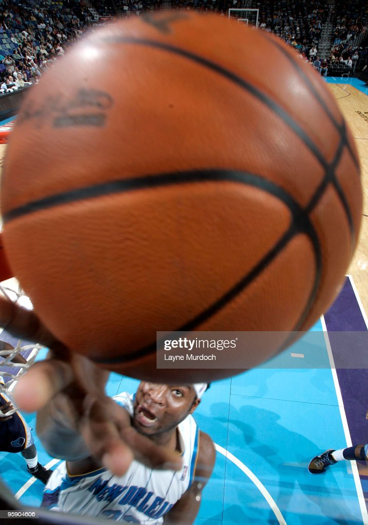 Memphis Grizzlies v New Orleans Hornets