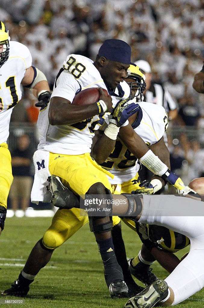 Devin Gardner #98 of the Michigan Wolverines plays against the Penn State Nittany Lions during the game on October 12, 2013 at Beaver Stadium in State College, Pennsylvania.