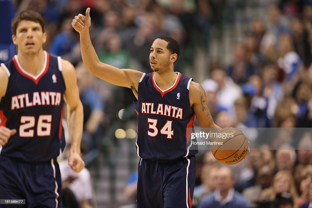 Devin Harris #34 of the Atlanta Hawks at American Airlines Center on February 11, 2013 in Dallas, Texas.
