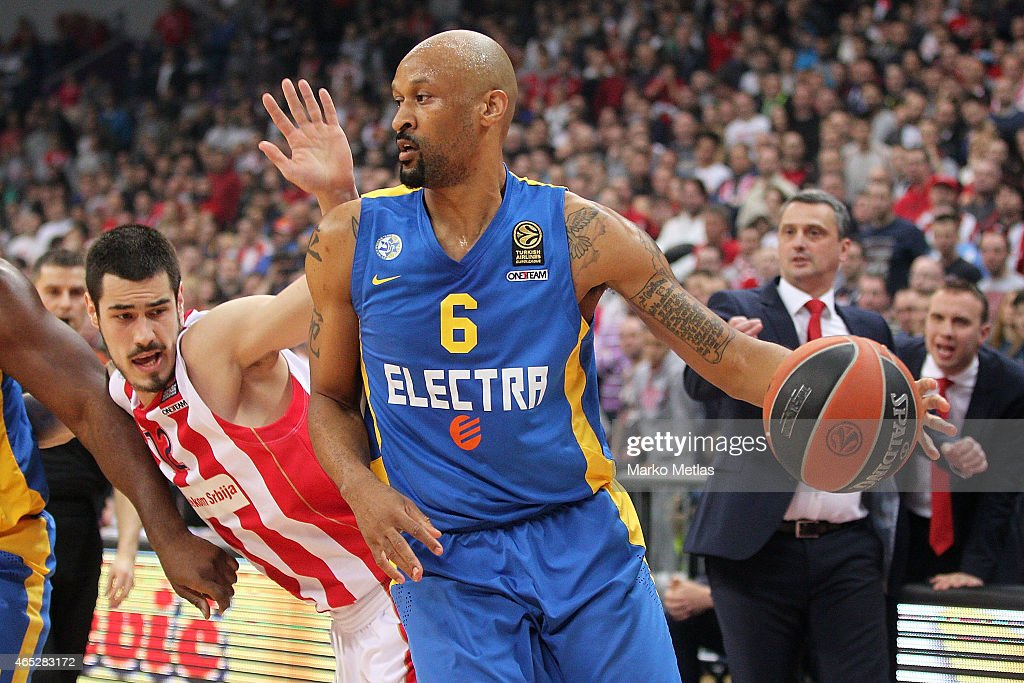 Devin Smith, #6 of Maccabi Electra Tel Aviv competes with Nikola Kalinic, #12 of Crvena Zvezda Telekom Belgrade during the Turkish Airlines Euroleague Basketball Top 16 Date 9 game between Crvena Zvezda Telekom Belgrade v Maccabi Electra Tel Aviv at Kombank Arena on March 5, 2015 in Belgrade, Serbia.