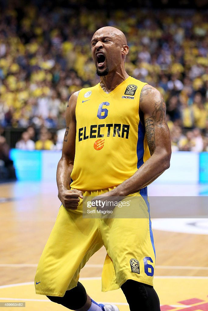 Devin Smith, #6 of Maccabi Electra Tel Aviv in action during the 2014-2015 Turkish Airlines Euroleague Basketball Regular Season Date 8 game between Maccabi Electra Tel Aviv vs Alba Berlin at Nokia Arena on December 4, 2014 in Tel Aviv, Israel.