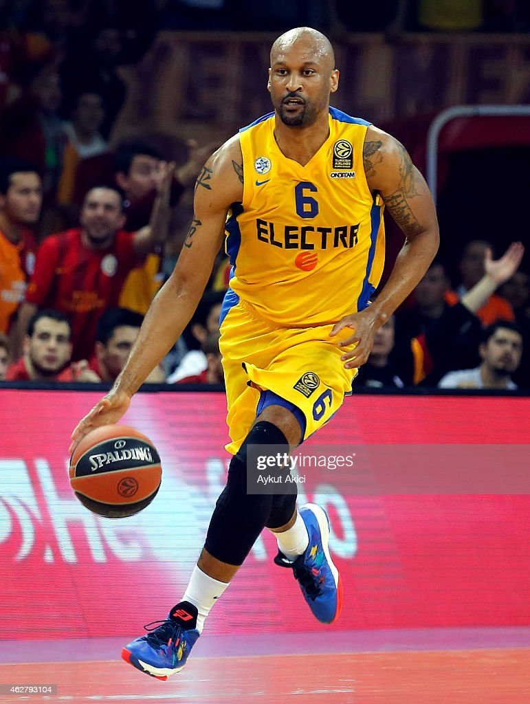 Devin Smith, #6 of Maccabi Electra Tel Aviv in action during the Euroleague Basketball Top 16 Date 6 game between Galatasaray Liv Hospital Istanbul v Maccabi Electra Tel Aviv at Abdi Ipekci Sports Hall on February 5, 2015 in Istanbul, Turkey.
