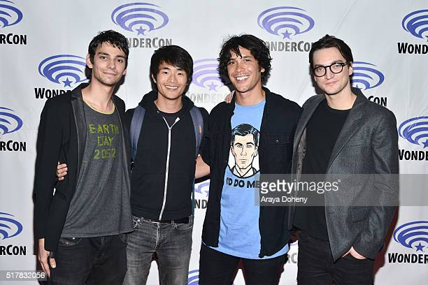 Devon Bostick Christopher Larkin Bob Morley Richard Harmon attend 'The 100' panel at WonderCon at Los Angeles Convention Center on March 27 2016 in...