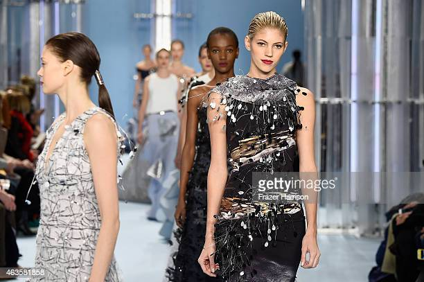 Devon Windsor walks the runway at the Carolina Herrera fashion show during MercedesBenz Fashion Week Fall 2015 at The Theatre at Lincoln Center on...