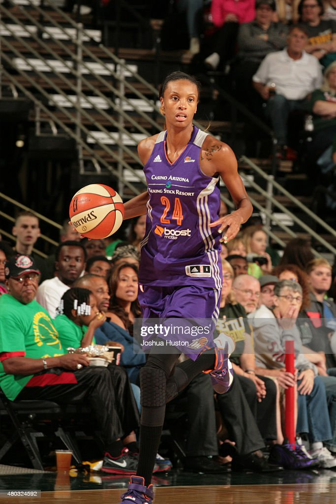 <a gi-track='captionPersonalityLinkClicked' href=/galleries/search?phrase=DeWanna+Bonner&family=editorial&specificpeople=4085058 ng-click='$event.stopPropagation()'>DeWanna Bonner</a> #24 of the Phoenix Mercury drives to the basket against the Seattle Storm during the game on June 25, 2015 at KeyArena in Seattle, Washington.