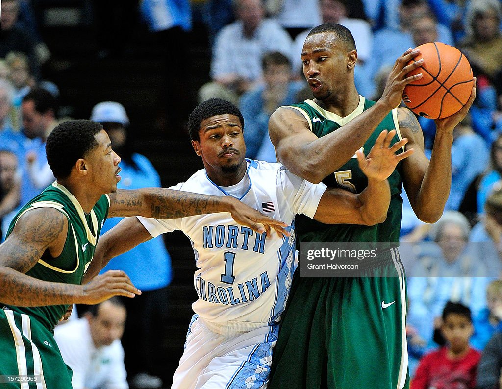 <a gi-track='captionPersonalityLinkClicked' href=/galleries/search?phrase=Dexter+Strickland&family=editorial&specificpeople=5792010 ng-click='$event.stopPropagation()'>Dexter Strickland</a> #1 of the North Carolina Tar Heels defends Robert Williams #5 of the UAB Blazers as he attempts to maks a pass to a teammate during play at the Dean Smith Center on December 1, 2012 in Chapel Hill, North Carolina. North Carolina won 102-84.