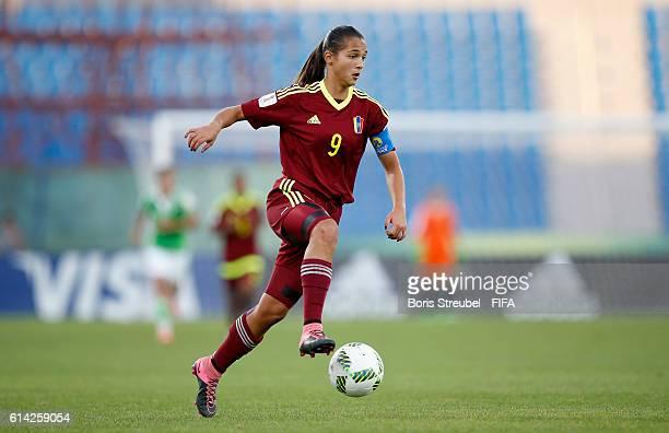 Deyna Castellanos of Venezuela runs with the ball during the FIFA U17 Women's World Cup Quarter Final match between Mexico and Venezuela at Amman...