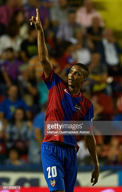 Deyverson of Levante celebrates scoring his team's first goal during the La Liga match between Levante UD and Villarreal CF at Estadi Ciutat de...