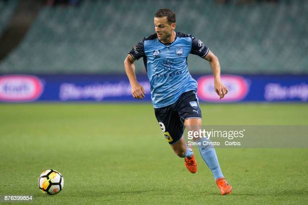 Deyvison Rogério da Silva Bobô of the Sydney FC dribbles the ball during the round seven ALeague match between Sydney FC and Newcastle Jets at...