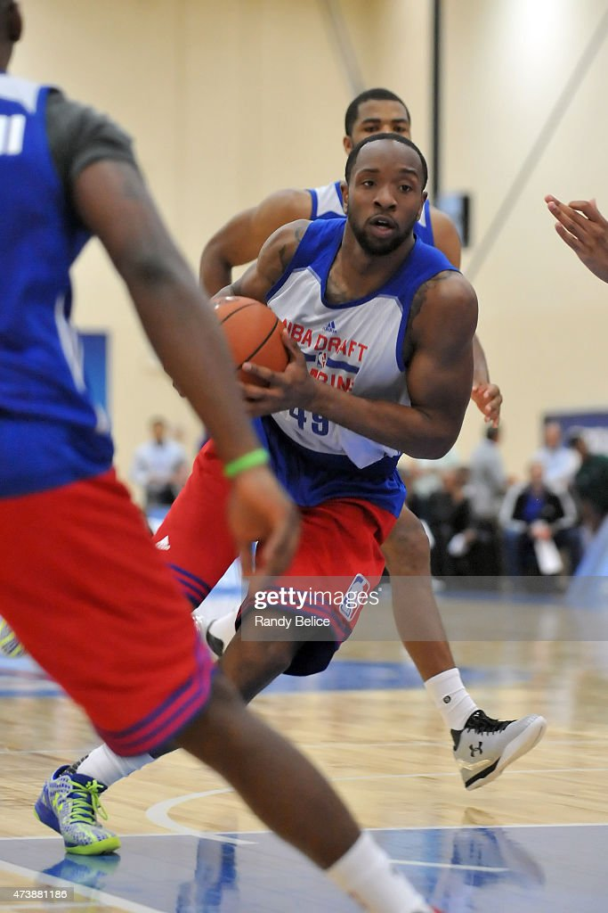 Dez Wells drives to the basket during the 2015 NBA Draft Combine on May 15 2015 at Quest Multiplex in Chicago Illinois NOTE TO USER User expressly...