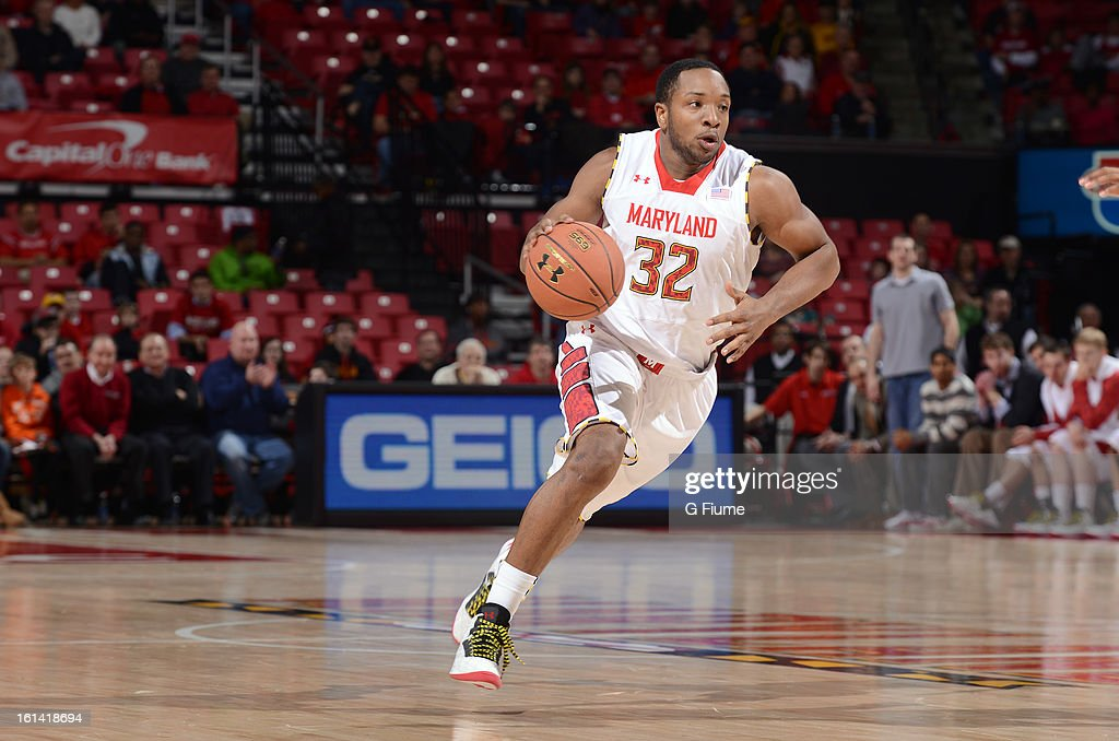 Dez Wells #32 of the Maryland Terrapins handles the ball against the IUPUI Jaguars at the Comcast Center on January 1, 2013 in College Park, Maryland.