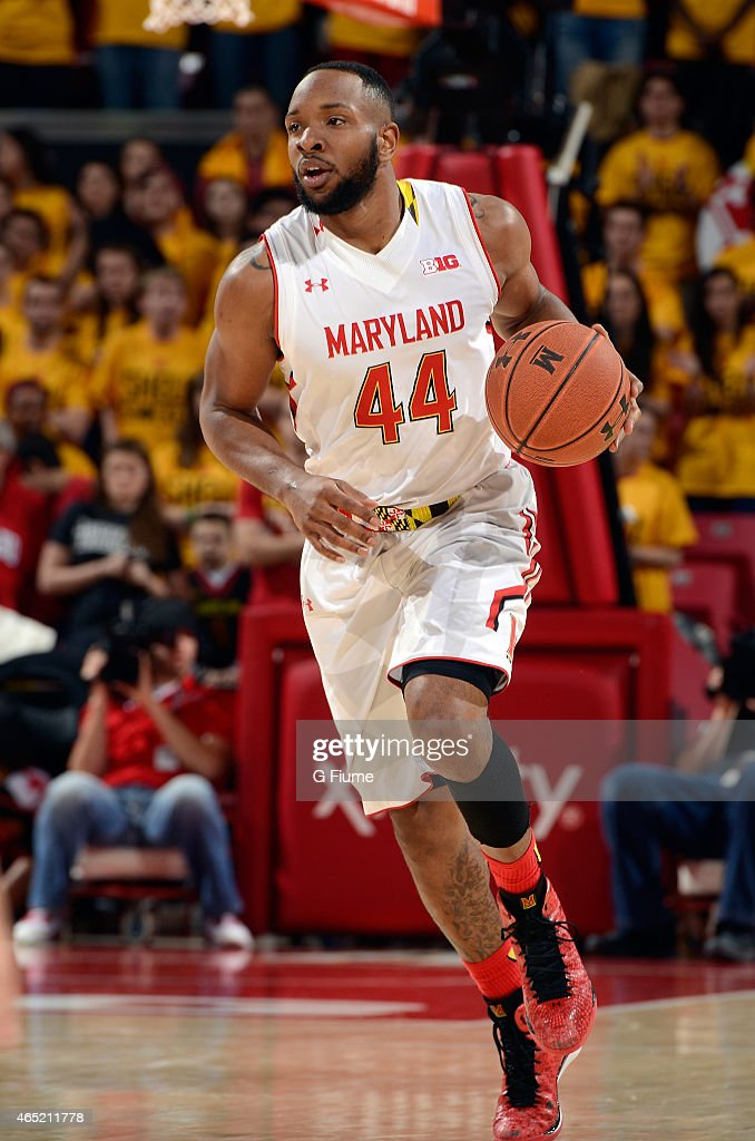 Dez Wells of the Maryland Terrapins handles the ball against the Michigan Wolverines at the Xfinity Center on February 28 2015 in College Park...