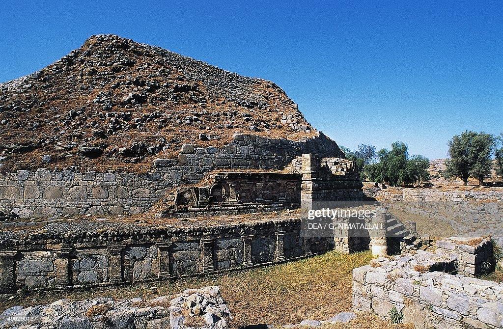 Dharmarajika stupa Taxila 3rd2nd century BC