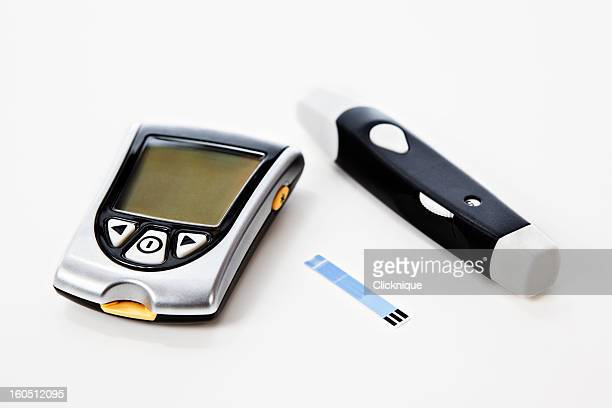 Diabetes glucometer kit for glucose level and testing blood