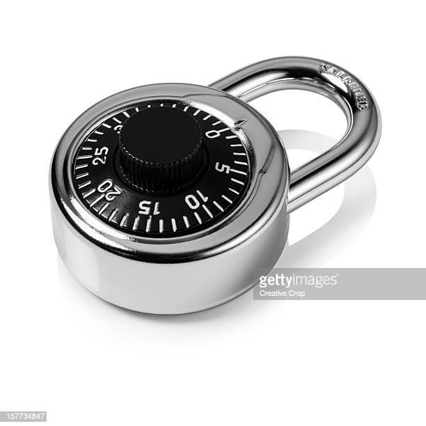 Dial padlock