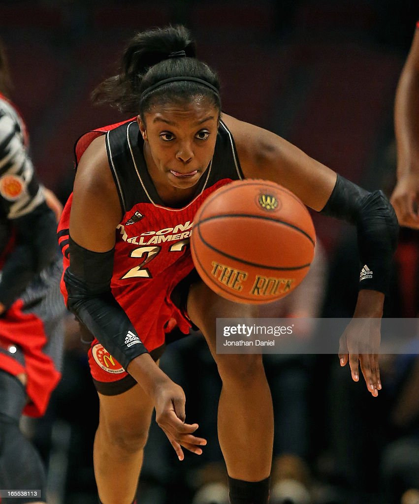 Diamond DeShields #22 of the East chases down a loose ball during the 2013 McDonald's All American game at United Center on April 3, 2013 in Chicago, Illinois.