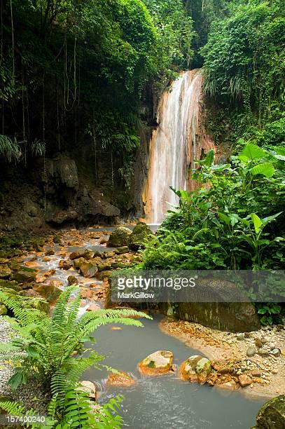Diamond falls St Lucia