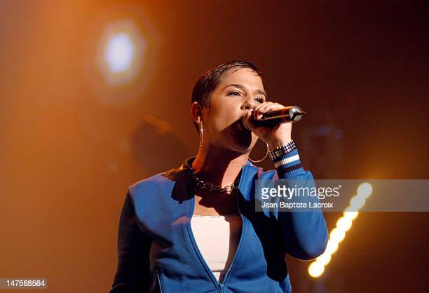Diam's perfoms on Stage for a Contest and Television special to be aired on TV5 and France 2 in December 2003