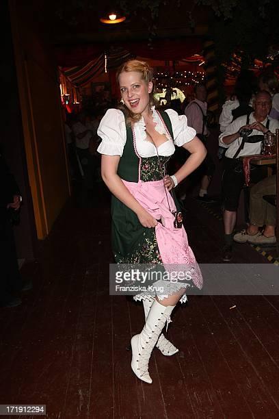 Diana Amft Beim Condor Stammtisch Im Hippodrom Auf Dem Oktoberfest In München Am 220907