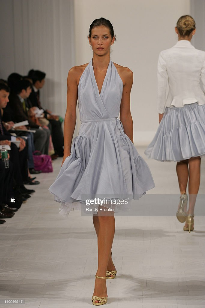 <a gi-track='captionPersonalityLinkClicked' href=/galleries/search?phrase=Diana+Dondoe&family=editorial&specificpeople=4343814 ng-click='$event.stopPropagation()'>Diana Dondoe</a> wearing Ralph Lauren Spring 2006 during Olympus Fashion Week Spring 2006 - Ralph Lauren - Runway at The Annex in New York City, New York, United States.