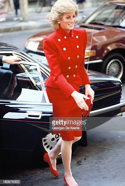 Diana Princess of Wales arrives at St Mary's Hospital in Paddington for a visit on March 1 1989 in Londo England