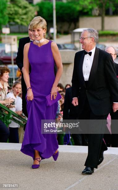 Diana Princess of Wales arrives for a gala dinner at the Field Museum of Natural History in Chicago USA The Princess is wearing a dress designed by...