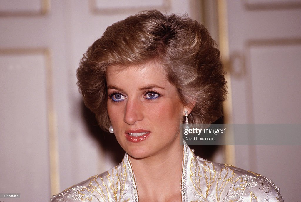 Diana Princess of Wales at a dinner given by President Mitterand in November, 1988 at the Elysee Palace in Paris, France during the Royal Tour of France.Diana wore a dress designed by Victor Edelstein.