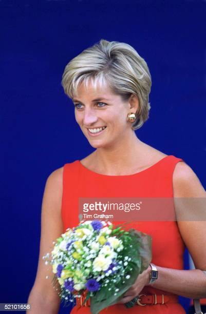 Diana Princess Of Wales At Northwick Park And St Mark's Hospital In Harrow Middlesex To Lay The Foundation Stone For The New Children's Ambulatory...