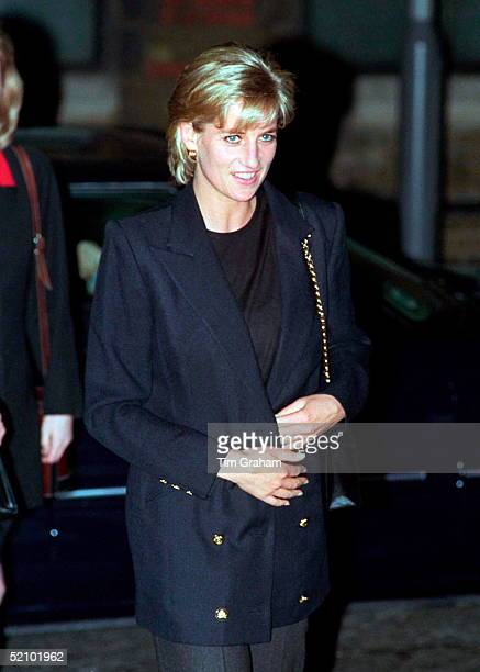 Diana Princess Of Wales In Her Role As Patron Visits Centrepoint To See The Cold Weather Project For Homeless Young People In Kings Cross