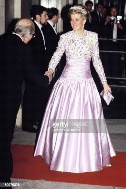 Diana Princess of Wales outside Claridges after attending a banquet on May 11 1989 in London England Diana wears a dress designed by Catherine Walker