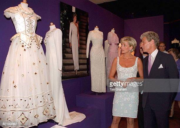 Diana Princess Of Wales Talking With Christopher Balfour Chairman Of Christies At A Private Viewing And Reception At Christies Of The Dresses For...