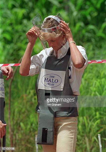 Diana Princess Of Wales Visiting Mined Areas Being Cleared By The Charity Halo Trust In Huambo Angola Putting On A Visor