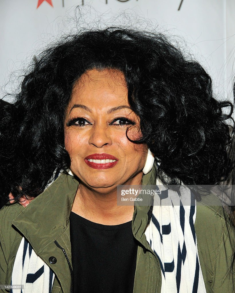 Diana Ross attends the 2012 Skating with the Stars gala at theWollman Rink - Central Park on April 2, 2012 in New York City.