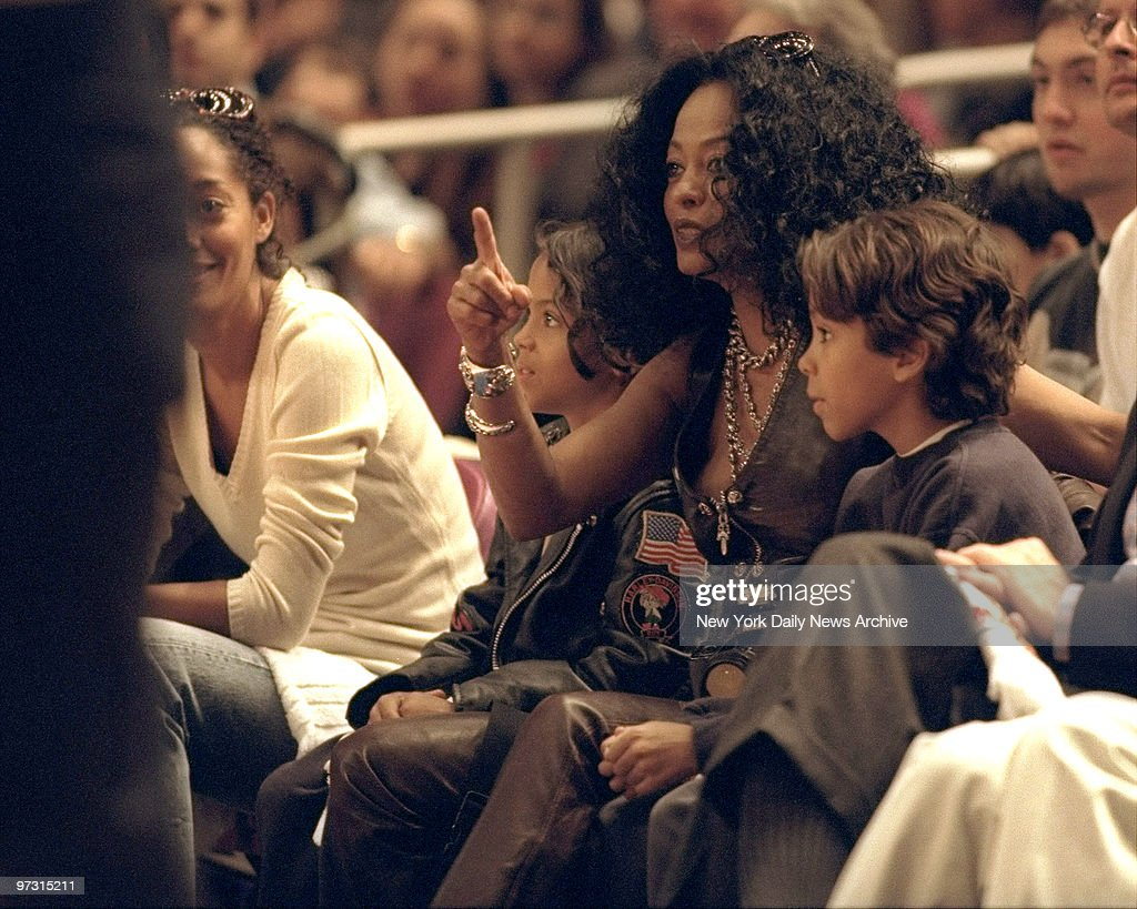 Diana Ross with her dauther Tracee and two sons at the New York Knicks vs Charlotte Hornets playoffs basketball game.