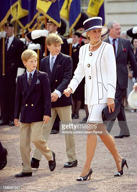 Diana The Princess Of Wales And Princes William And Harry Attend The Vj Day 50Th Anniversary Celebrations In London