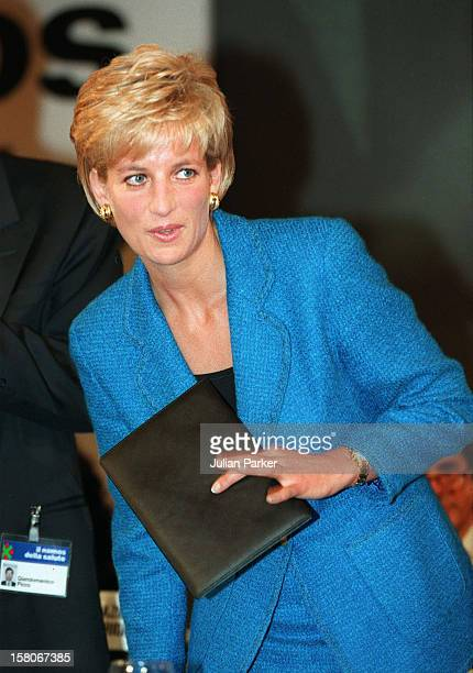 Diana The Princess Of Wales Attends The Pio Manzu Heath Conference In Rimini ItalyThe Princess Was At The Conference To Receive A Humanitarian Award...