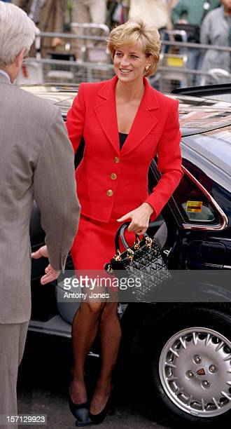 Diana The Princess Of Wales Launches The Hiv/Aids Charity London Lighthouse'S New Appeal