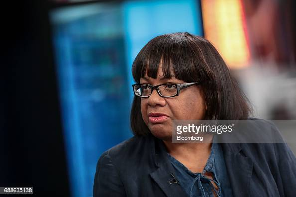 fotos und bilder von u k opposition labour party home affairs spokesperson diane abbott. Black Bedroom Furniture Sets. Home Design Ideas