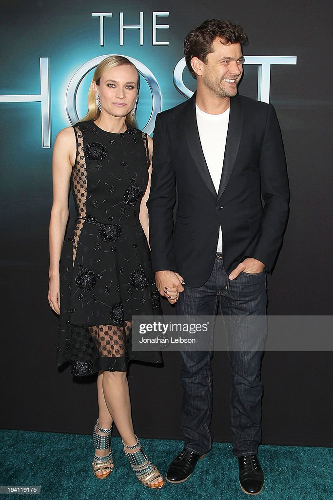 Diane Kruger and Joshua Jackson arrive to the 'The Host' - Los Angeles Premiere at ArcLight Cinemas Cinerama Dome on March 19, 2013 in Hollywood, California.