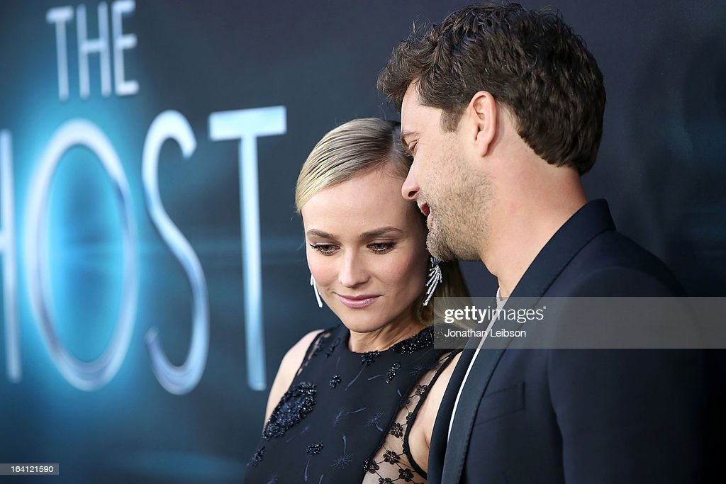 <a gi-track='captionPersonalityLinkClicked' href=/galleries/search?phrase=Diane+Kruger&family=editorial&specificpeople=202640 ng-click='$event.stopPropagation()'>Diane Kruger</a> and <a gi-track='captionPersonalityLinkClicked' href=/galleries/search?phrase=Joshua+Jackson+-+Actor&family=editorial&specificpeople=208160 ng-click='$event.stopPropagation()'>Joshua Jackson</a> attend the 'The Host' - Los Angeles Premiere at ArcLight Cinemas Cinerama Dome on March 19, 2013 in Hollywood, California.