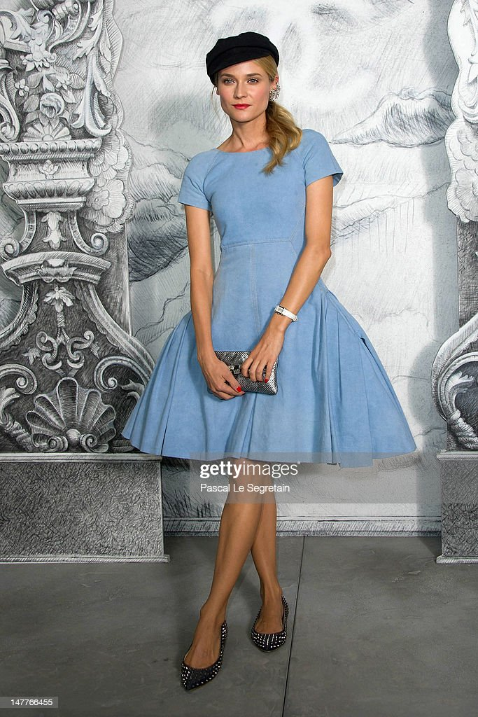 <a gi-track='captionPersonalityLinkClicked' href=/galleries/search?phrase=Diane+Kruger&family=editorial&specificpeople=202640 ng-click='$event.stopPropagation()'>Diane Kruger</a> attends the Chanel Haute-Couture show as part of Paris Fashion Week Fall / Winter 2012/13 at the Grand Palais on July 3, 2012 in Paris, France.