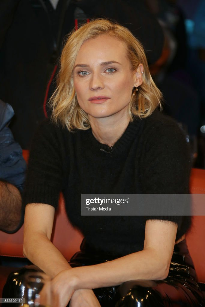 Diane Kruger attends the NDR Talk Show on November 17, 2017 in Hamburg, Germany.