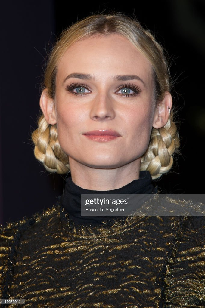 Diane Kruger attends the switching on of the Christmas lights along the Champs Elysees on November 21, 2012 in Paris, France.