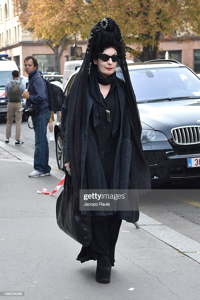 <a gi-track='captionPersonalityLinkClicked' href=/galleries/search?phrase=Diane+Pernet&family=editorial&specificpeople=4347865 ng-click='$event.stopPropagation()'>Diane Pernet</a> arrives at Dries Van Noten Fashion Show during Paris Fashion Week, Womenswear SS 2015 on September 24, 2014 in Paris, France.